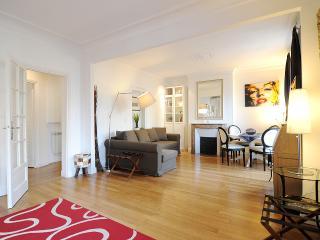 Flat 50m2 near Champs Elysées - Paris vacation rentals