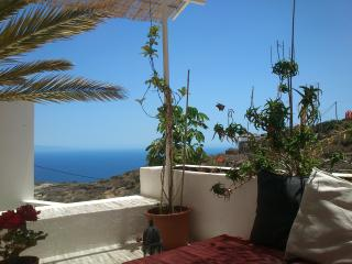Comfortable 1 bedroom Guimar Cottage with Internet Access - Guimar vacation rentals