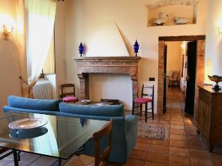 Logge di Silvignano SuiteHome Iride, Pool - WiFi - Spoleto vacation rentals