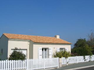 Holiday Cottage, La Chaize-Giraud, Vendée - La Chaize Giraud vacation rentals