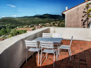 Nice 3 bedroom Roquebrun Townhouse with Television - Roquebrun vacation rentals