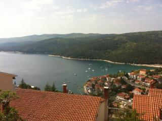 Perfect 3 bedroom Rabac Condo with Internet Access - Rabac vacation rentals