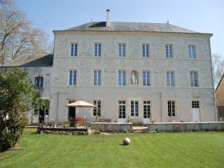 Nice 2 bedroom Guest house in Sainte-Hermine - Sainte-Hermine vacation rentals