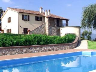 Nice Villa with Internet Access and Satellite Or Cable TV - Todi vacation rentals