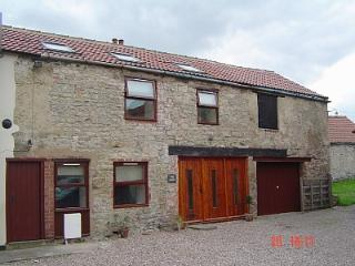 Courtyard Cottage, Barkston Ash, Tadcaster - Tadcaster vacation rentals