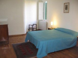 Central Lucca holiday apartmen - Lucca vacation rentals