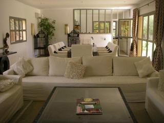 Villa Pauline( pool & jacuzzi) - Marrakech vacation rentals