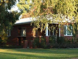 FERNWALK: Comfy Southern Laurel Highlands Cottage - Addison vacation rentals