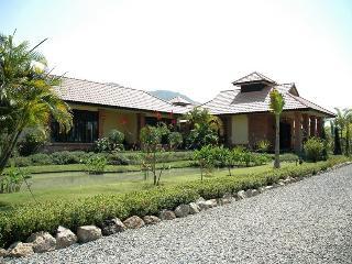 Kinkala 1-Bedr. Garden Apt. 1 - Chiang Mai vacation rentals