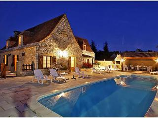 Nice Villa with Internet Access and High Chair - Saint-Amand-de-Coly vacation rentals