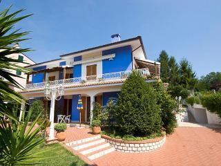 Nice House with Internet Access and Microwave - Numana vacation rentals