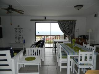 Bright 4 bedroom House in Mossel Bay with Balcony - Mossel Bay vacation rentals