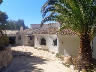 VILLA CAMELIA - Altea vacation rentals