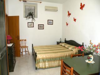 LIPARI island- studio FELIX - Lipari vacation rentals