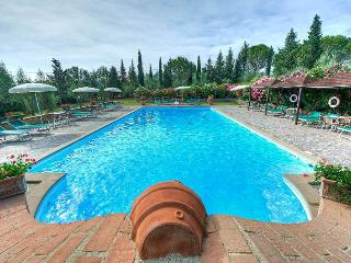Charming 2 bedroom Apartment in Ghizzano - Ghizzano vacation rentals