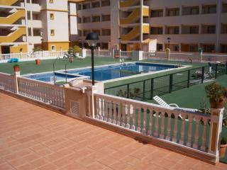 Nice Condo with Internet Access and Microwave - Mar de Cristal vacation rentals