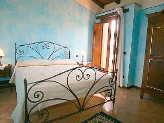Comfortable 2 bedroom Casal Velino House with Deck - Casal Velino vacation rentals