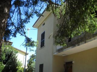 4 bedroom House with Television in Assisi - Assisi vacation rentals