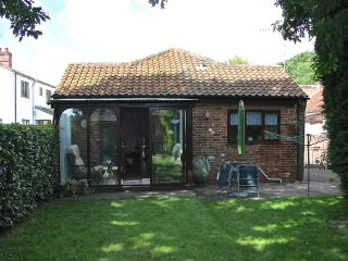 Nice Cottage with Washing Machine and Parking - Hevingham vacation rentals