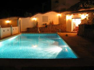 Lovely 4 bedroom Villa in Benidoleig - Benidoleig vacation rentals
