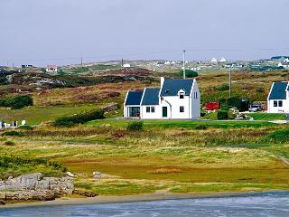 Beautiful 3 bedroom Cottage in Kincasslagh - Kincasslagh vacation rentals