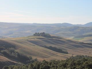 TUSCANY  b&b rooms in country  near Siena - Buonconvento vacation rentals