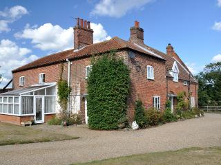 Spacious 5 bedroom House in Potter Heigham - Potter Heigham vacation rentals