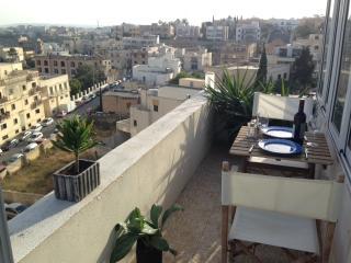 Nice Condo with Internet Access and A/C - Sliema vacation rentals