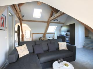 Perfect 2 bedroom Capestang Condo with Internet Access - Capestang vacation rentals