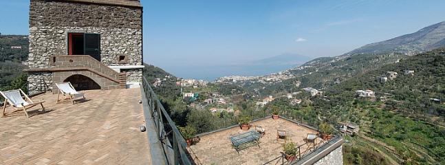 Villa Tarcisia - Image 1 - Meta - rentals