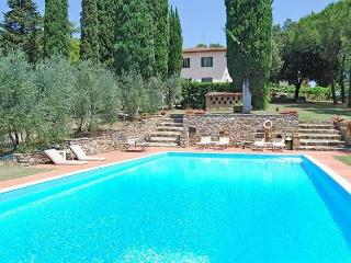 Comfortable Villa with Internet Access and Central Heating - Castellina In Chianti vacation rentals