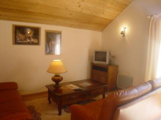 Cozy 3 bedroom Barcelonnette Chalet with Dishwasher - Barcelonnette vacation rentals