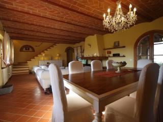 Perfect Villa with Internet Access and Dishwasher - Guardistallo vacation rentals