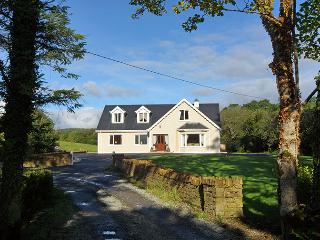 """""""285- Drimaneary, Mountcharles - Frosses vacation rentals"""