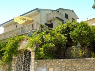 Apartment Splitska, Island Brac, Croatia - Splitska vacation rentals