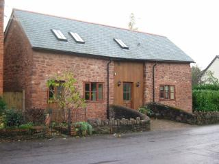 Bright 2 bedroom Barn in Timberscombe - Timberscombe vacation rentals