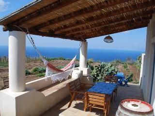 Casa Particular al tramonto Lipari Eolie WIFI - Lipari vacation rentals