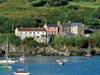 Nice Cottage with Internet Access and Wireless Internet - Glandore vacation rentals