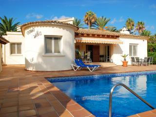 Moraira villa ronal, 6 persons, private pool, BBQ, - Moraira vacation rentals