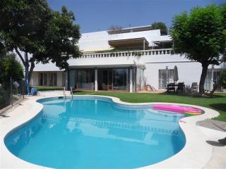 Villa Rio Real Marbella - Marbella vacation rentals