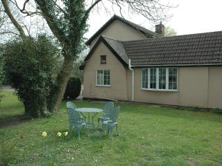 Nice Bungalow with Internet Access and Television - Stowmarket vacation rentals