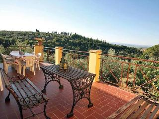 Perfect 4 bedroom Villa in Lucignano with Internet Access - Lucignano vacation rentals