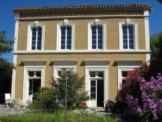 Nice Bed and Breakfast with Internet Access and Central Heating - Homps vacation rentals