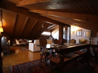"""""""Cà Lanterna"""" elegant apartment Cortina d'Ampezzo - Cortina D'Ampezzo vacation rentals"""