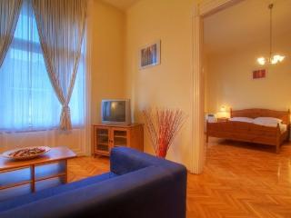 Eötvös apartment - Budapest vacation rentals