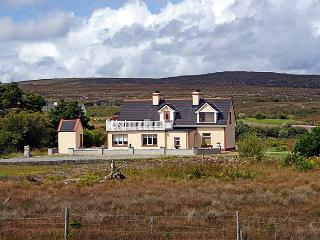 Beautiful 4 bedroom Cottage in Kilkieran - Kilkieran vacation rentals