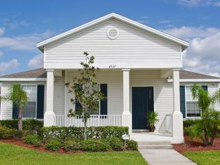 Serendipity Florida, Charming Getaway with Wireles - Kissimmee vacation rentals