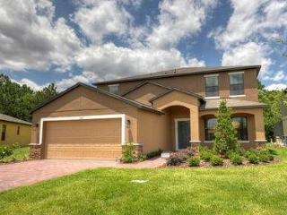 Deluxe vacation home, game room, 8 TVs, private pool w/ Spa, gated community - Kissimmee vacation rentals