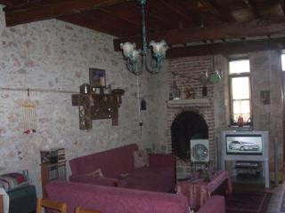 Lovely 3 bedroom Ayvalik House with Television - Ayvalik vacation rentals