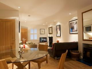 Luxury Victorian Holiday Cottage near Poole Quay - Poole vacation rentals